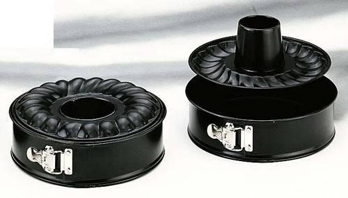 Černá forma na pečení s násadou 26cm Ibili