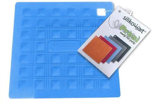 Silikonová podložka pod nádobí – modrá - Silikomart