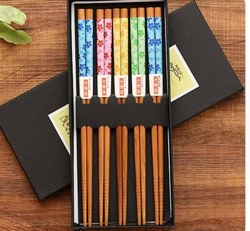 Čínské hůlky barevné 5 párů bambus - ILA