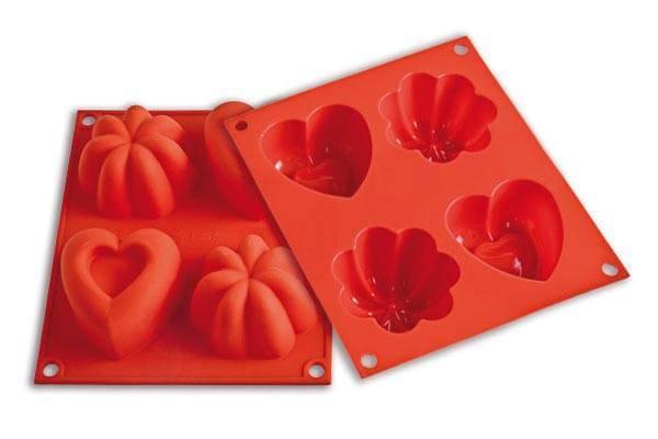 Silikonová forma na pečení 280ml Love - Silikomart