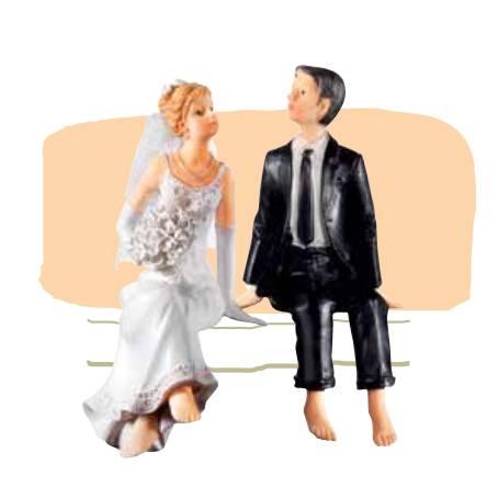 Svatební figurka - sedící pár na okraji dortu - Florensuc