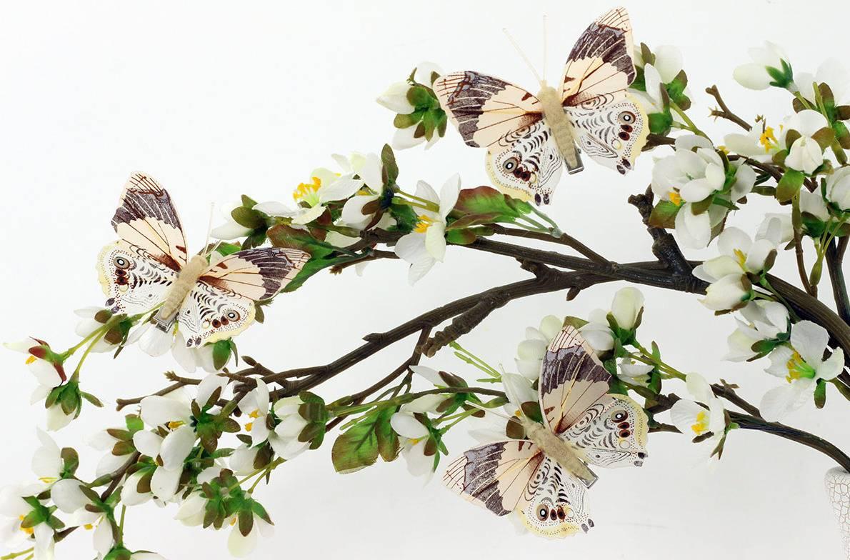 Motýl s klipem, cena za 12ks tj.1 box  BARVA BÉŽOVÁ A HNĚDÁ MO809577 Art