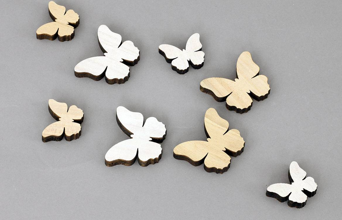 Motýlek dřevěná dekorace, 8 kusů v sáčku, barva bílá a přírodní, cena za 1 sáček VEL810511 Art