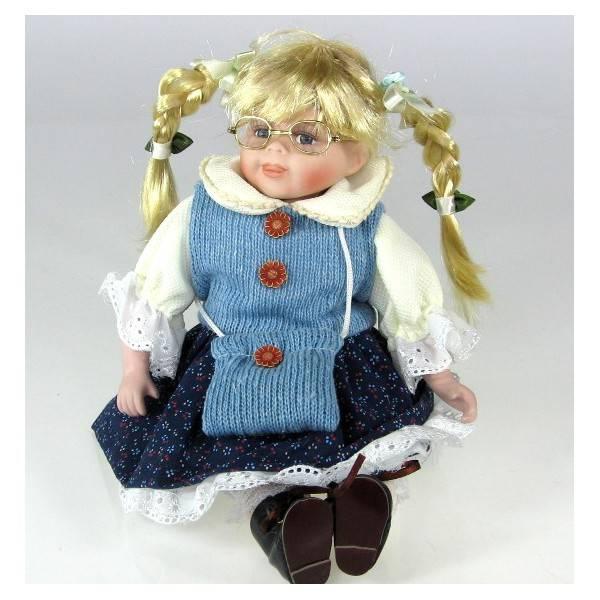 Sedící porcelánová panenka v modrých šatech - IntArt