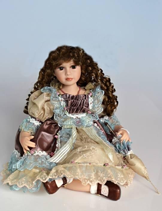 Vinylová panenka sedící Luisa - 55 cm - IntArt