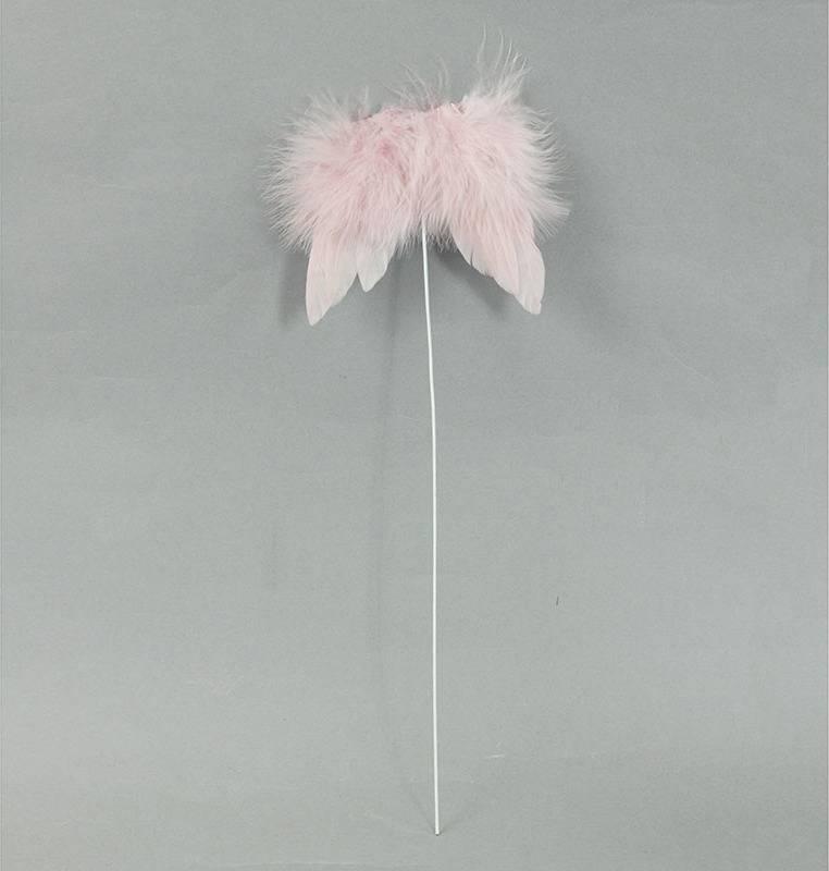 Andělská křídla z peří, -zápich, barva růžová,  baleno 12 ks v polybag. Cena za 1 ks. AK6105-PINK Art
