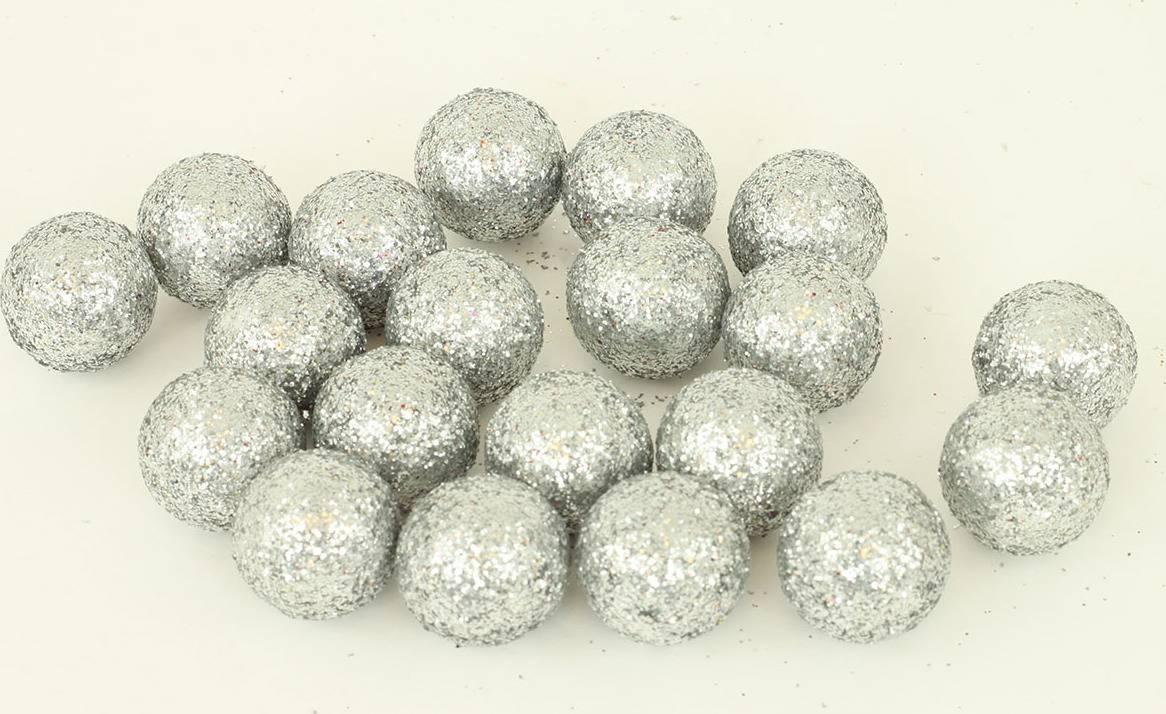 Vánoční dekorační koule stříbrná, cena za 1 polybag PRZ719661 Art