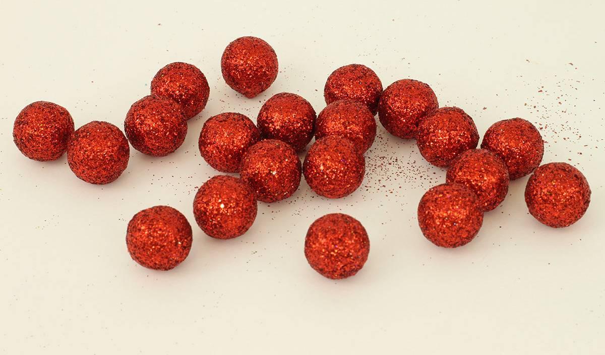 Vánoční dekorační koule - červená. Cena za 1 polybag PRZ719821 Art