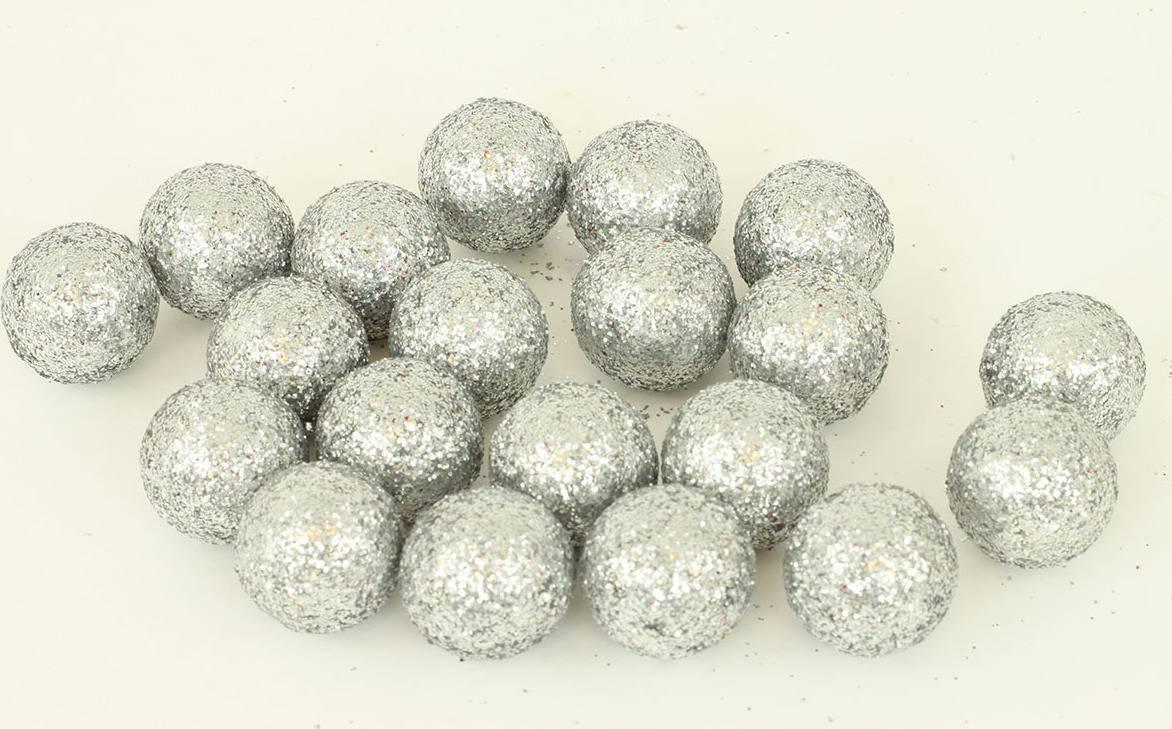 Vánoční dekorační koule - stříbrná. Cena za 1 polybag PRZ719845 Art