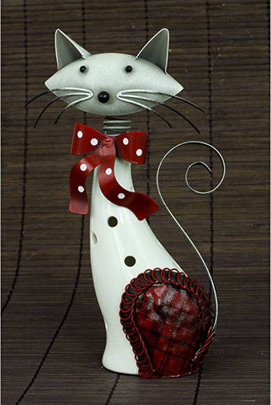 Kočka, porcelánová dekorace s kovovem, barva bílo-červená AND176 Art