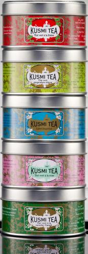 green Teas dárkový set se sítkem plechovka 5x25g VERT525 Kusmi tea